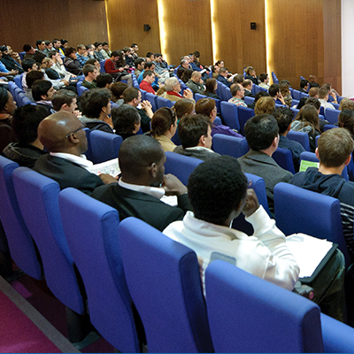 Busy lecture in the Vincent Building