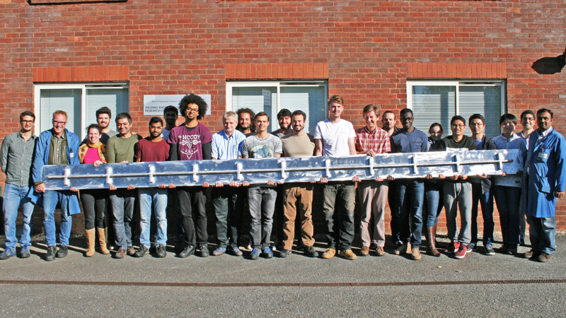 Student group with 6 metre 3D spar